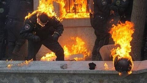 Ucrania- policias_heridos_